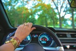 driving-918950_960_720-pixabay
